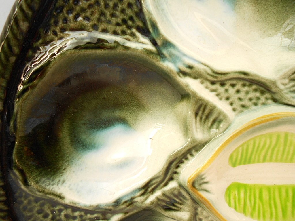 St. Clement Green Majolica Oyster Plate - 2