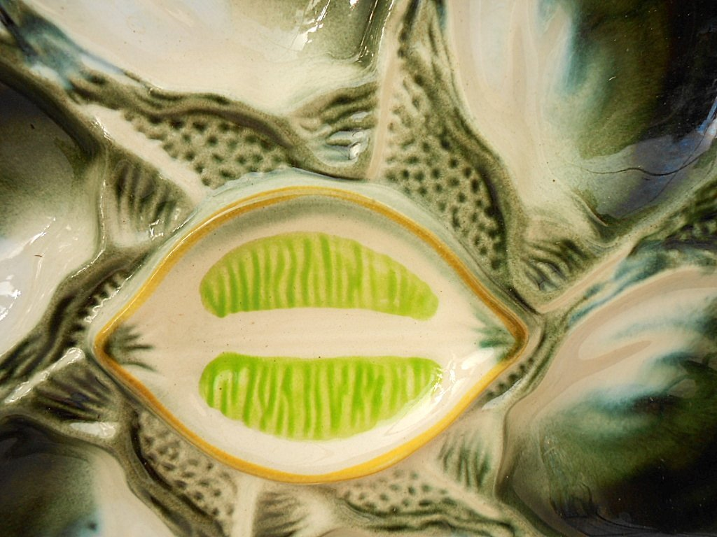 St. Clement Green Majolica Oyster Plate - 3