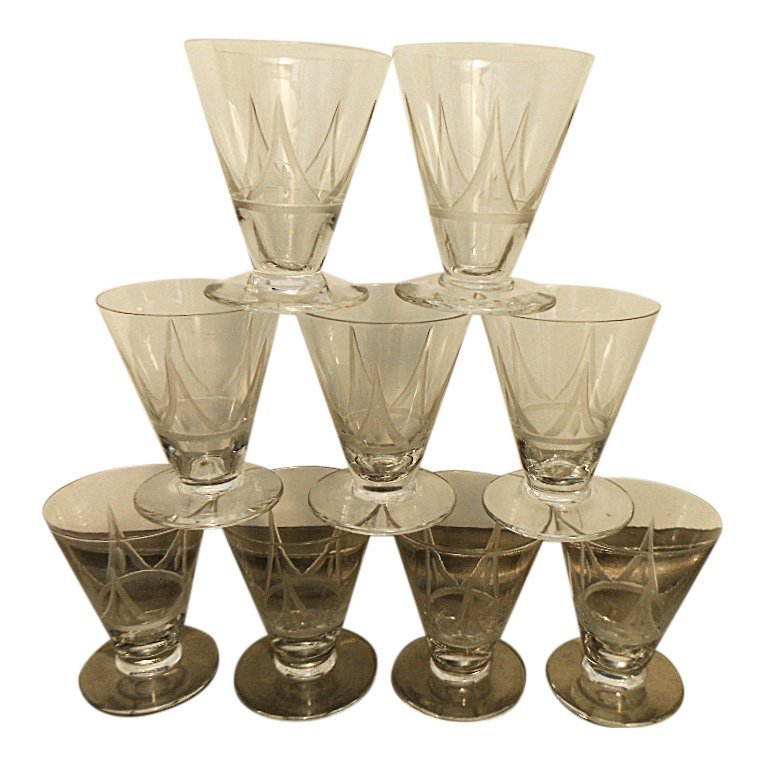 Set of 9 French Art Deco Etched Liquor Glasses