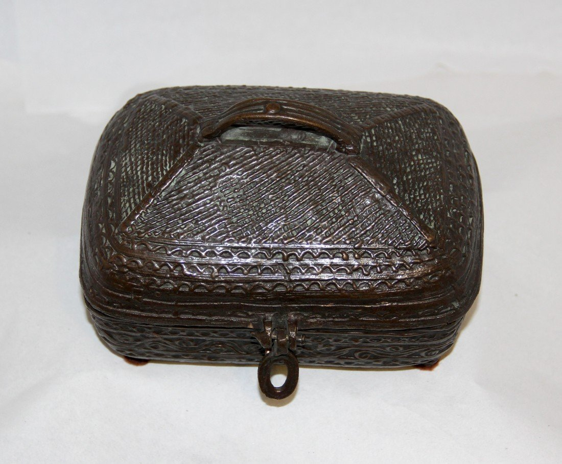 Antique Indian Cast Bronze Dowry Box - 7
