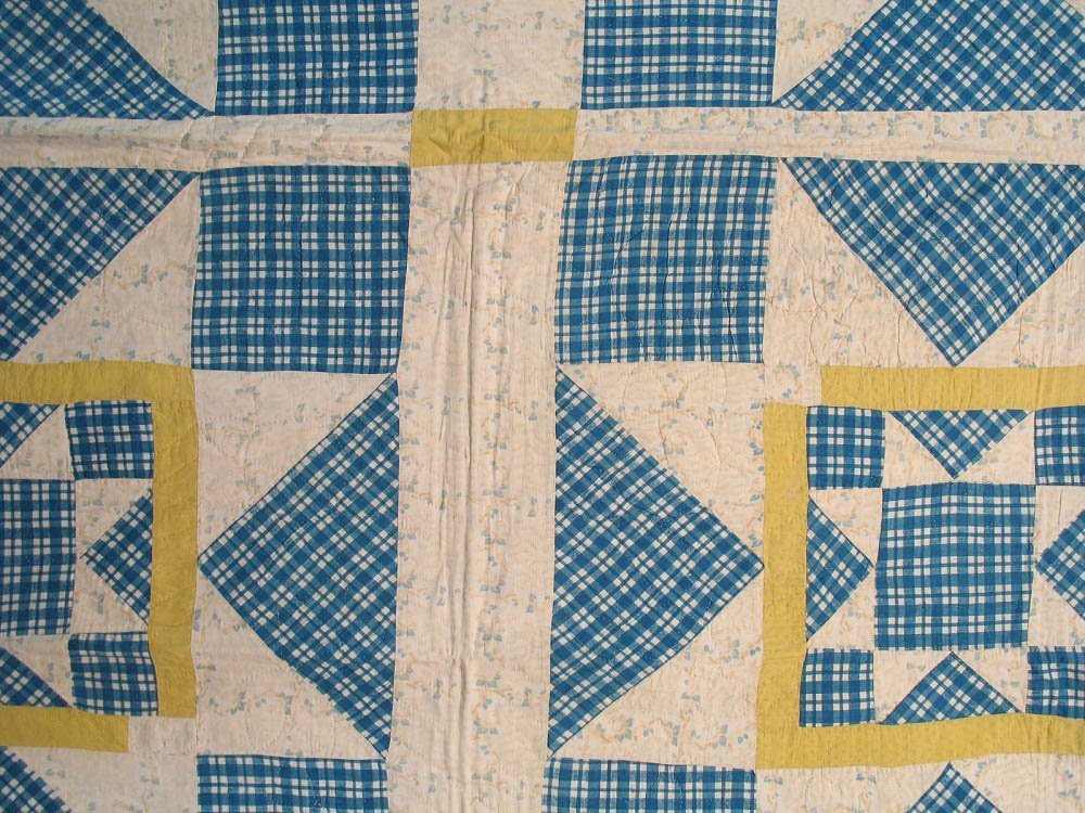 20th C Rising Star Pieced Quilt - 3