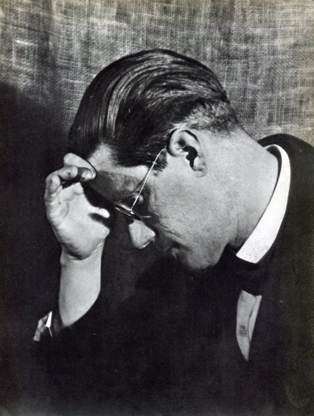 Man Ray: James Joyce