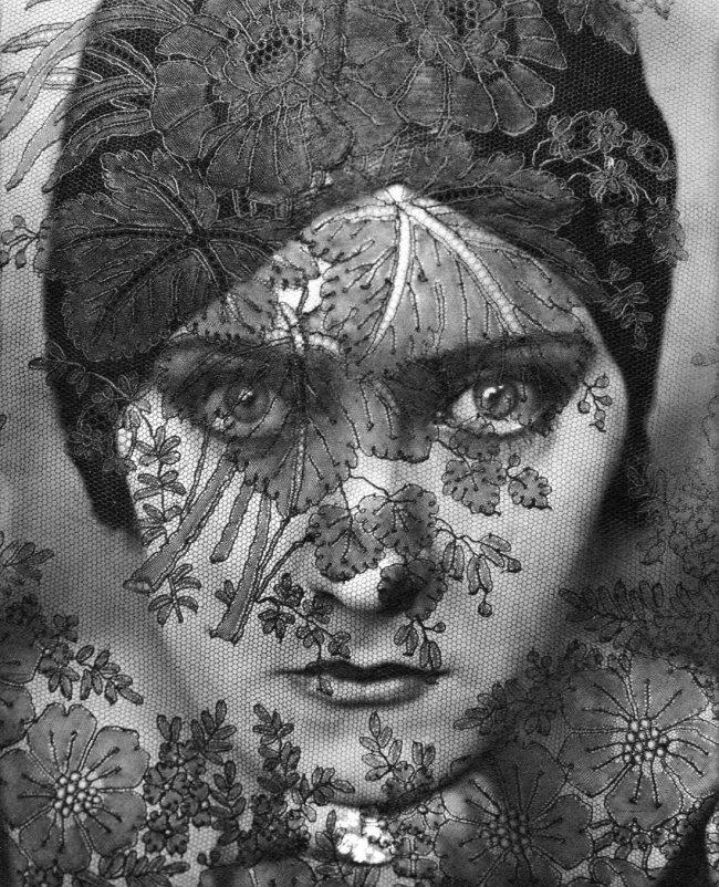 Edward Steichen: Gloria Swanson, 1924