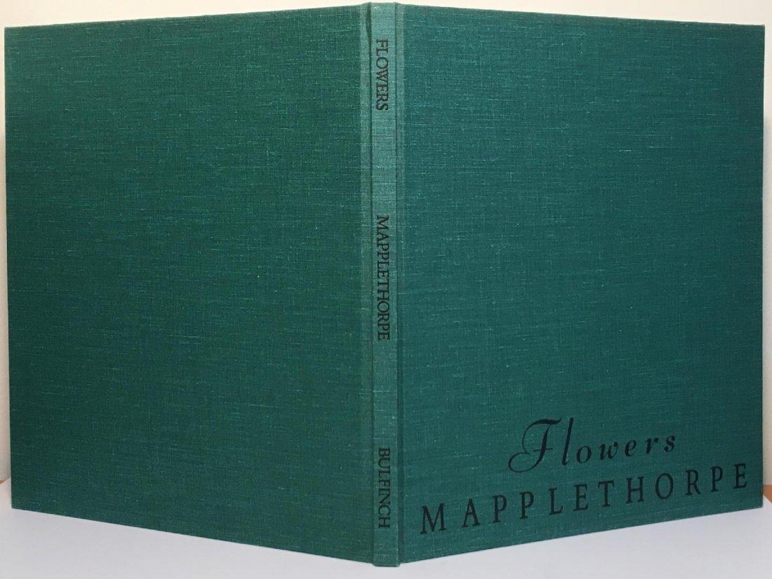 Mapplethorpe: Flowers - 2