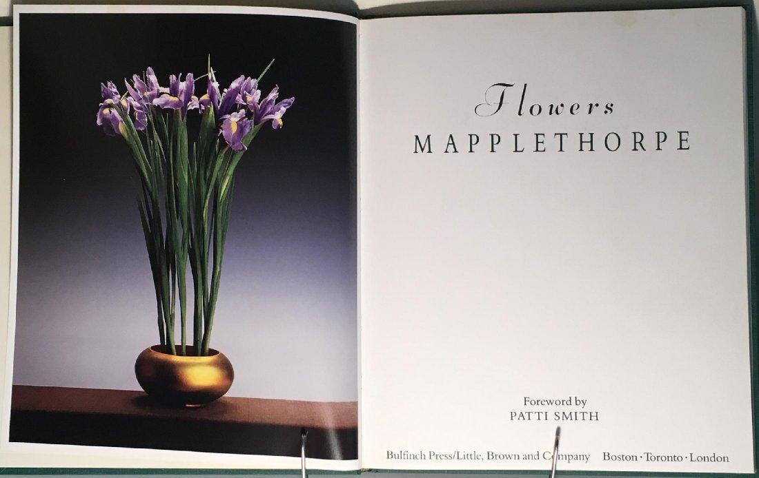 Mapplethorpe: Flowers - 3