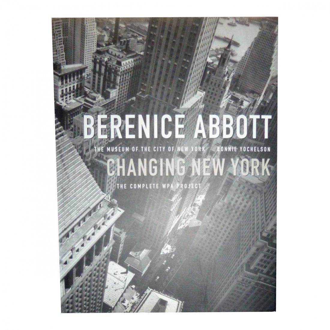 Bonnie Yochelson: Berenice Abbott - Changing New York