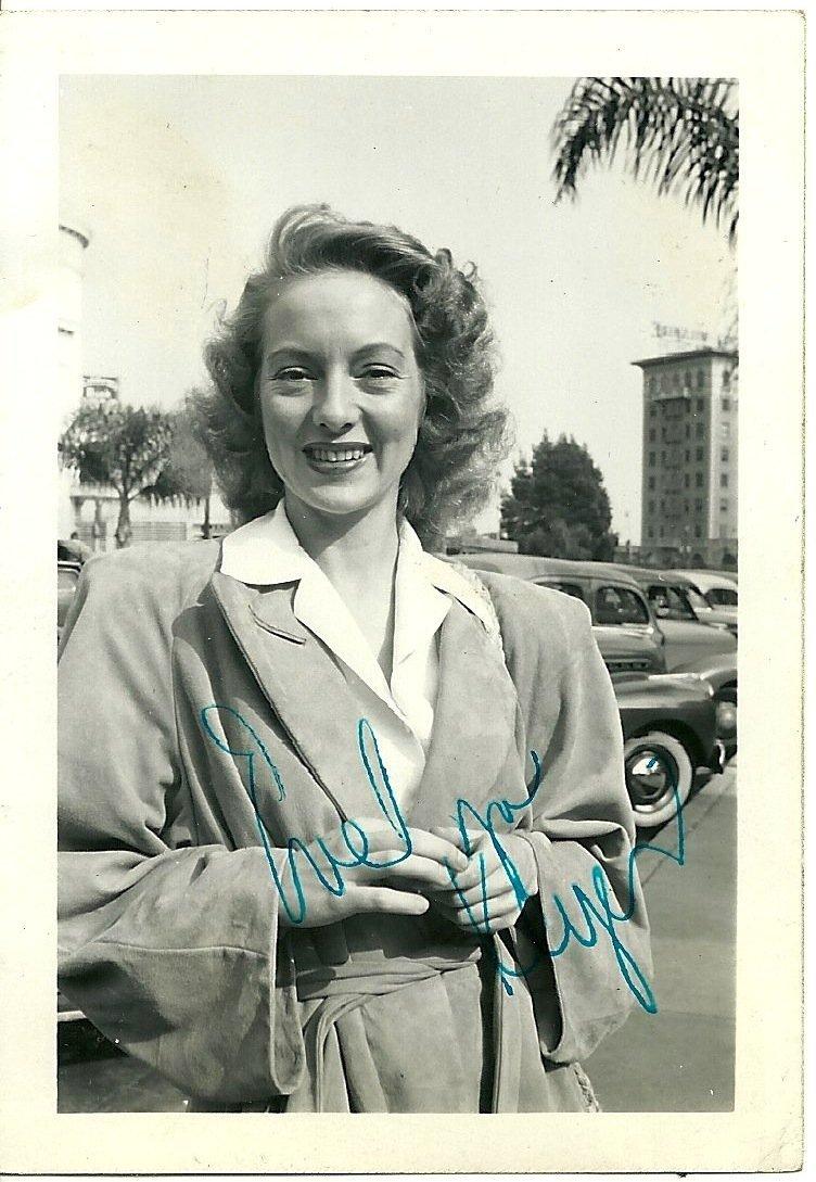 Evelyn Keyes Poster Card, Signed
