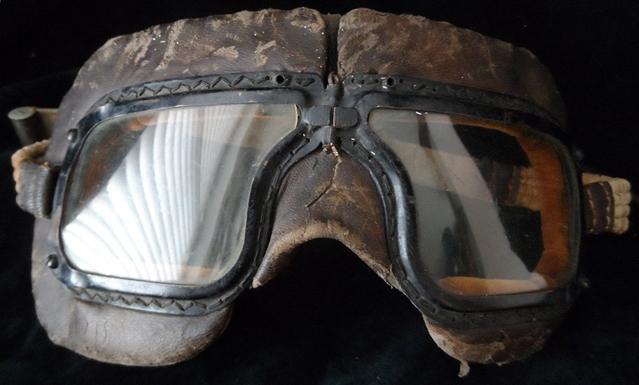 Rare Early WWII RCAF Marked MKIII Pilot Goggles, 1942