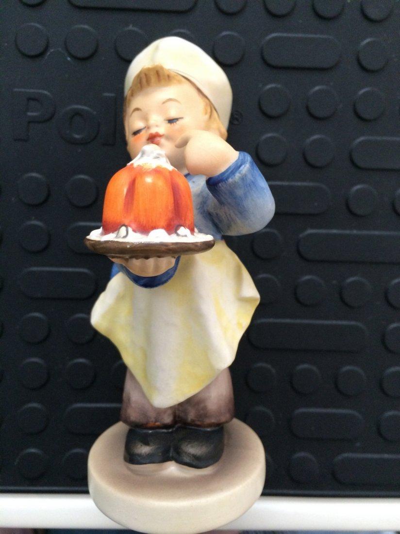 Hummel Figurine:Baker