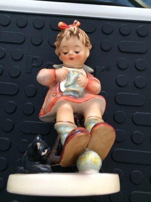 Hummel Figurine: Mother's Helper