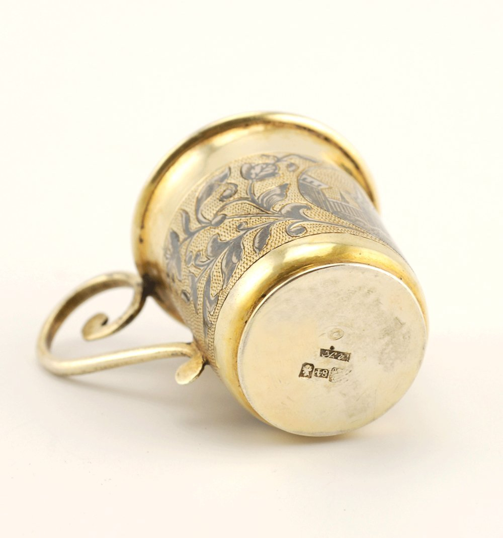 A Russian gilded silver & niello mini cup, Moscow, 1840 - 5