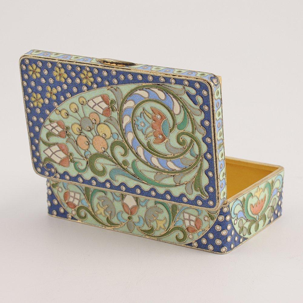 A Russian gilded silver & cloisonne enamel snuff box - 3