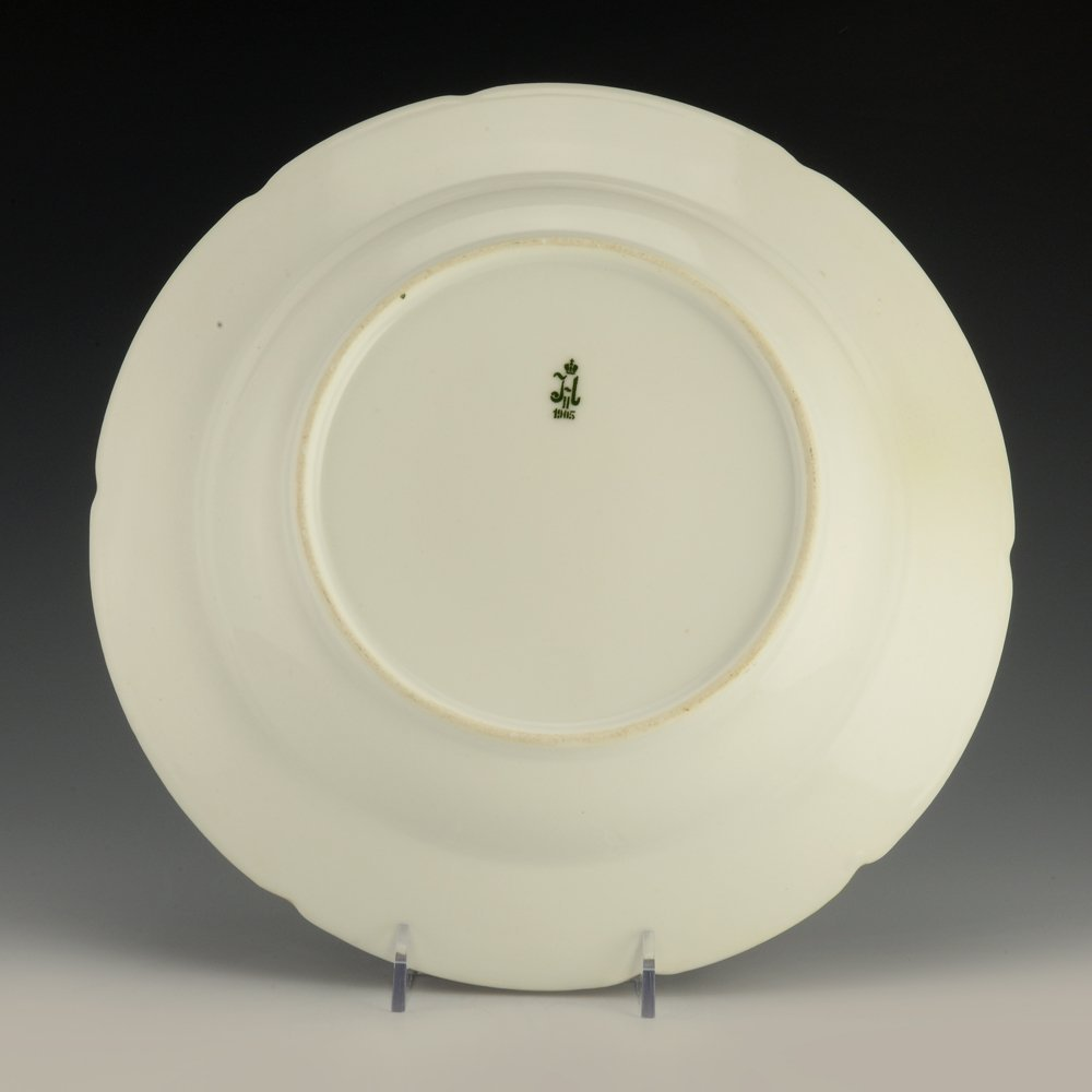 A Russian porcelain soup plate from the Purple Service - 2