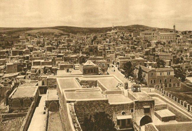Karl Grober: Bethlehem Rooftops