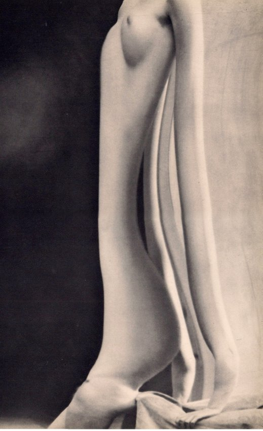 Andre Kertesz: Distorted Nude