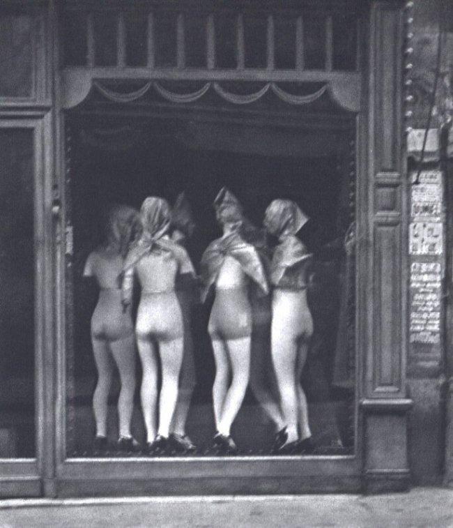 Andre Kertesz: Window Dressing, Paris