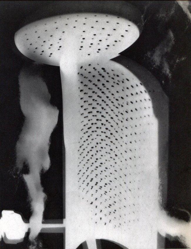 Man Ray: Rayograph
