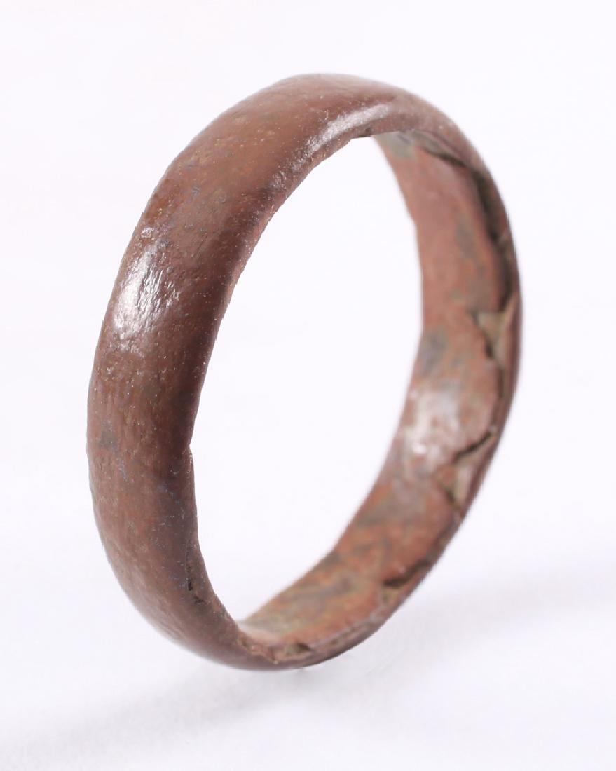 Viking Woman's Wedding Ring, 850-1050 - 3