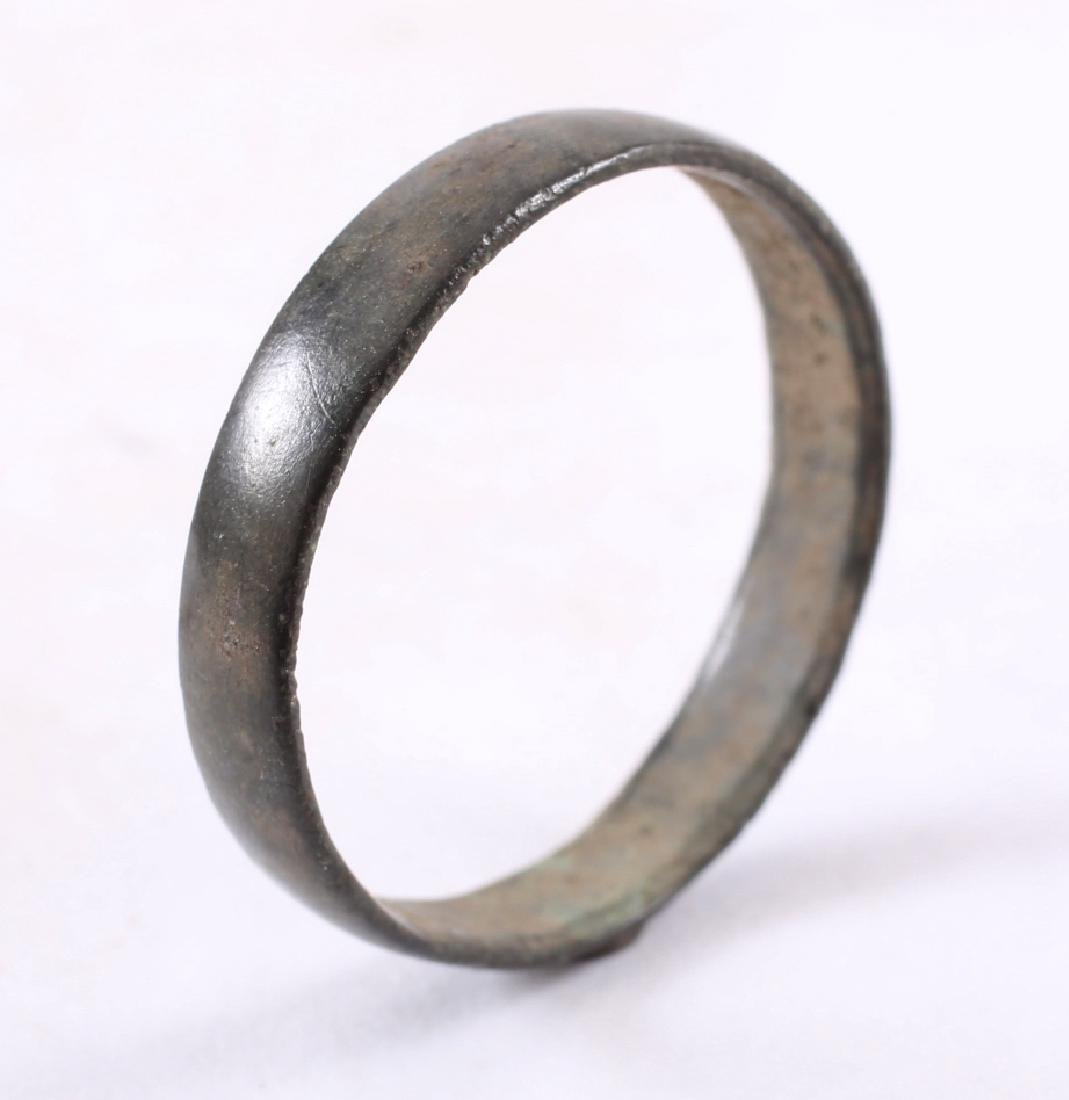 Viking Man's Wedding Ring, 850-1050 - 3