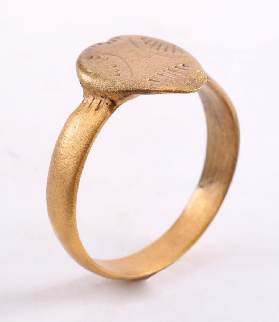 Viking Warrior's Heart Ring, 850-1000 - 3