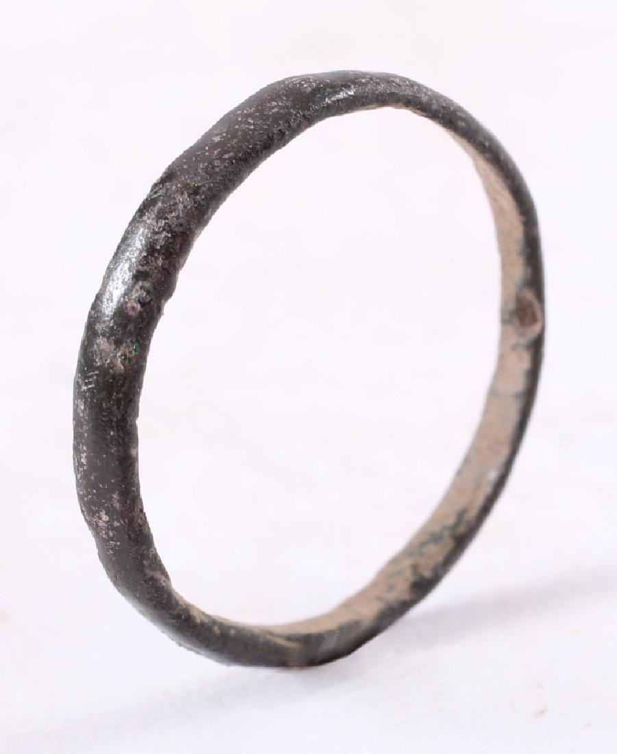 Viking Woman's Wedding Ring, 850-1050 - 3