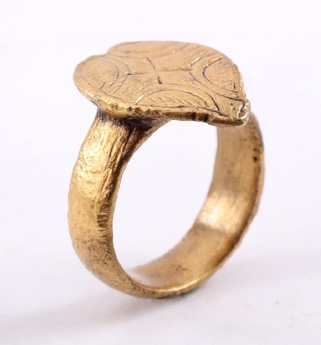 Viking Warrior's Heart Ring, 850-1000 - 3