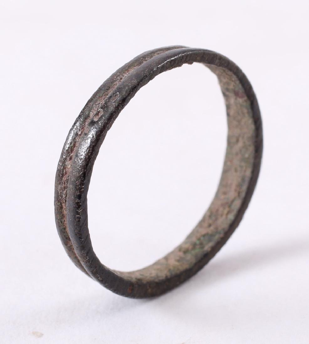 Viking Man's Wedding Ring, 850-100 - 3