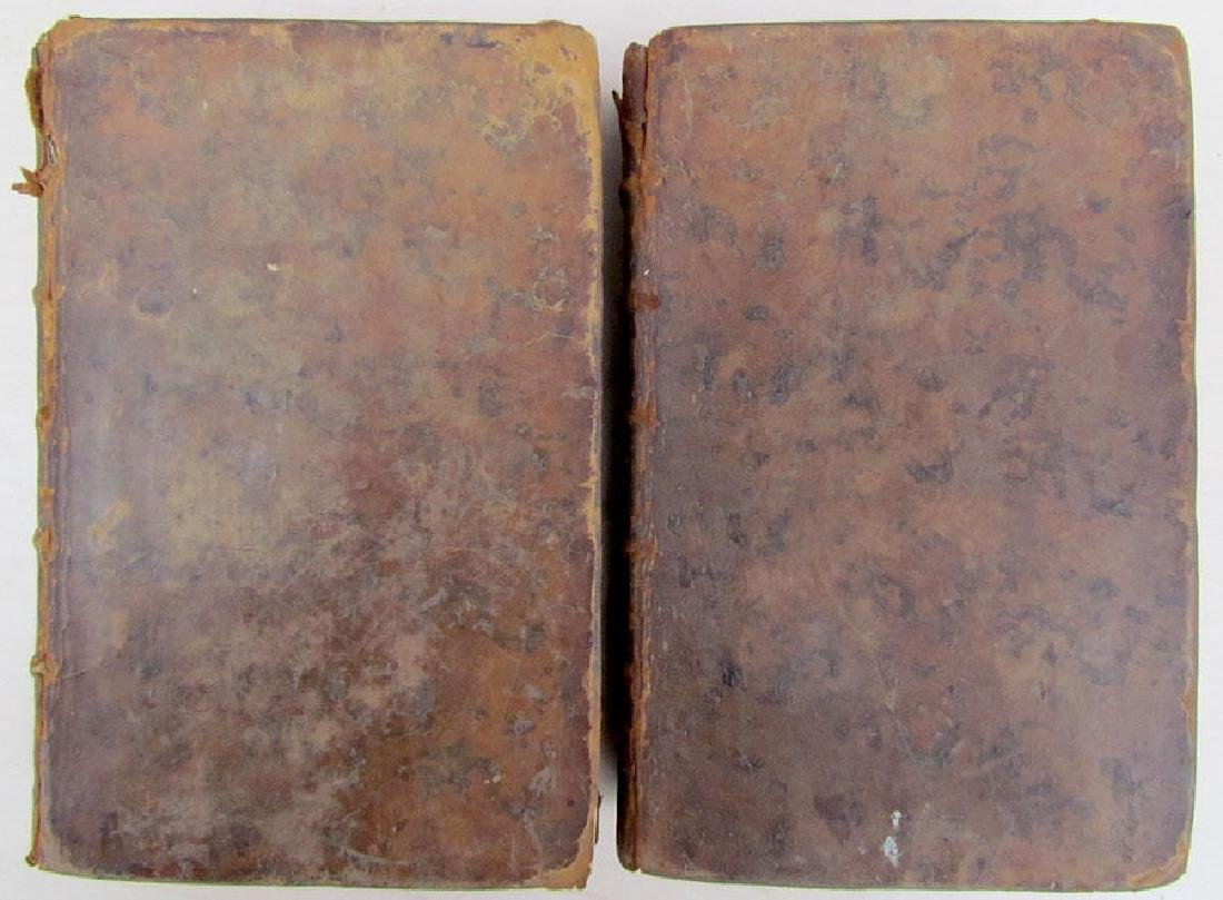 2 Volumes French Biographical Dictionary - 2