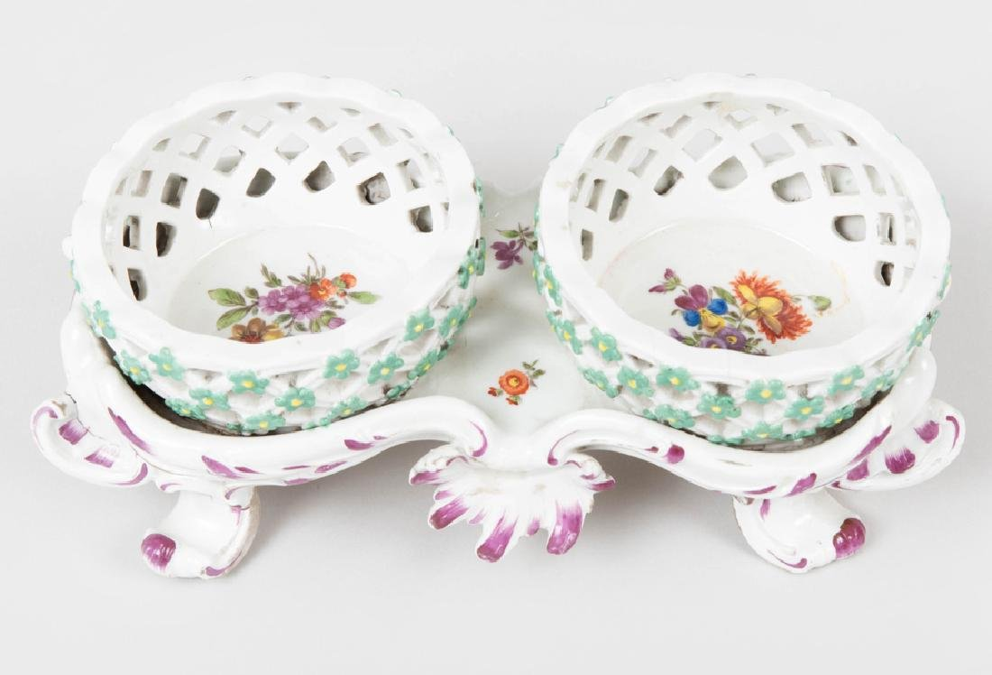 Vienna Porcelain Two Basket Sweetmeat Stand - 3