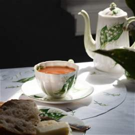 Shelley Porcelain Breakfast Service in the 'Lily of the