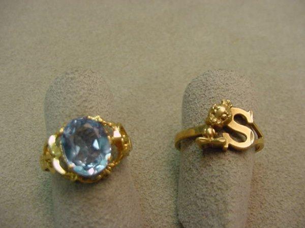 5002: 2 GOLD RINGS