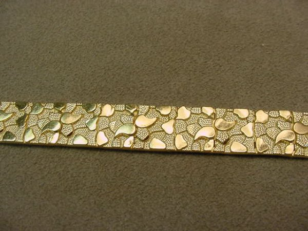 5013: 14K GOLD NUGGET DESIGN BRACELET