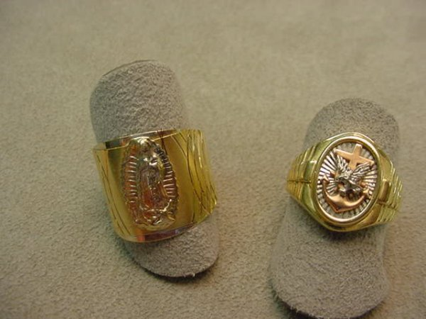 5015: 2 14K GOLD RINGS--SIZE 8 1/2 & 7 1/2 -LOT