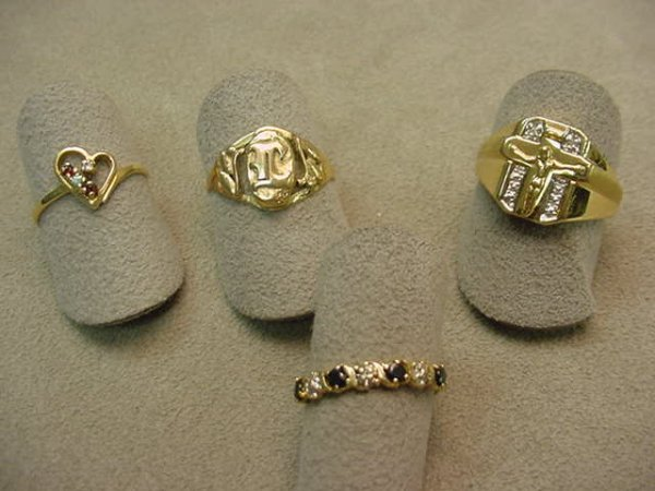 5016: 4 10K GOLD RINGS -BLUE SAPPHIRES, DIAMONDS