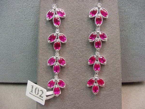 5102: PAIR 18K WHITE GOLD DIAMOND AND RUBY EARRINGS