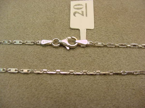 6020: 1 18 INCH 14K WHITE GOLD CHAIN
