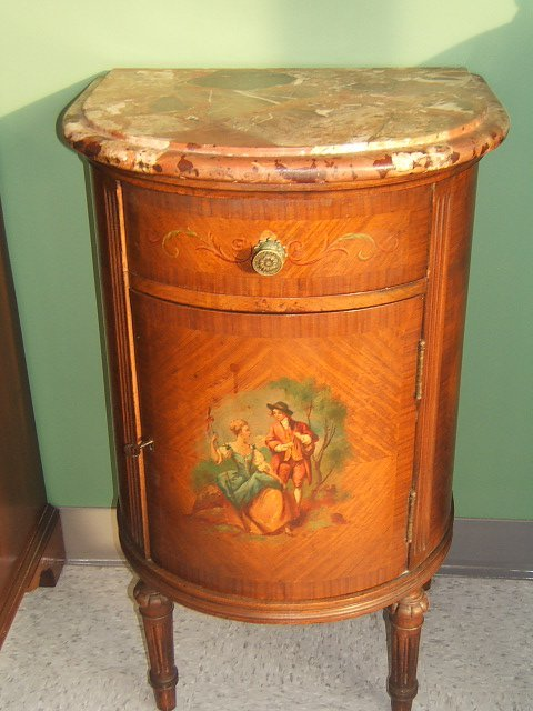 7141: DECORATED MARBLE TOP BOWFRONT HALF COMMODE