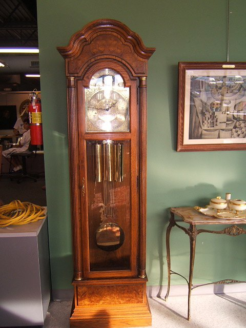 7187: HOWARD MILLER GRANDMOTHER CLOCK -58TH ANNIV EDITI