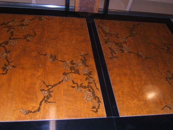 3203: BASSETT ORIENTAL MOTIF DINING ROOM TABLE & CHAIRS - 2