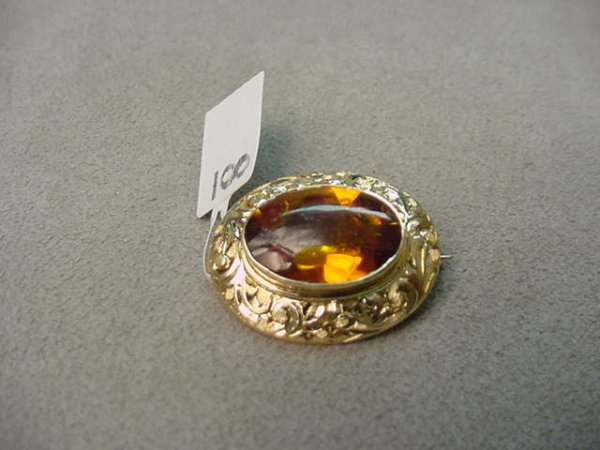 4008: 14K GOLD ENGRAVED CITRINE PIN