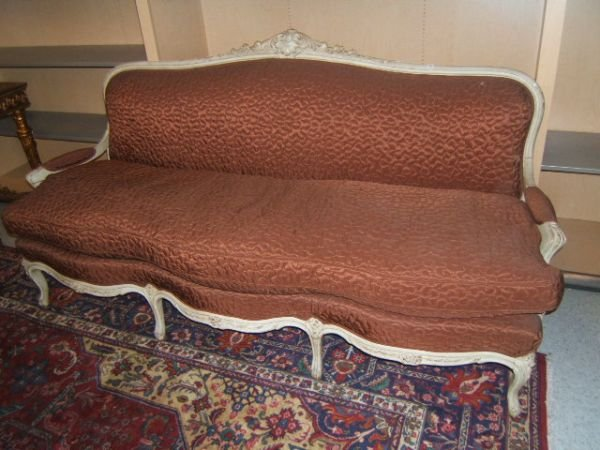 5064: CARVED FRENCH STYLE UPHOLSTERED SOFA