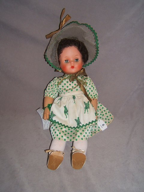 "7006: 18"" COUNTRY GIRL DOLL FROM GREEN GIANT -1950'S"