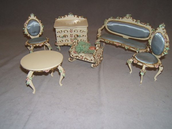 7008: 6 PIECES GERMAN DOLL FURNITURE AND BABY DOLL