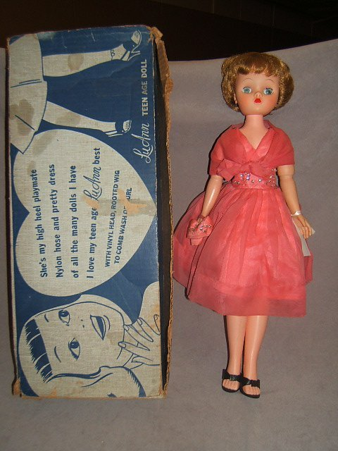 7012: CANDY DOLL IN BOX
