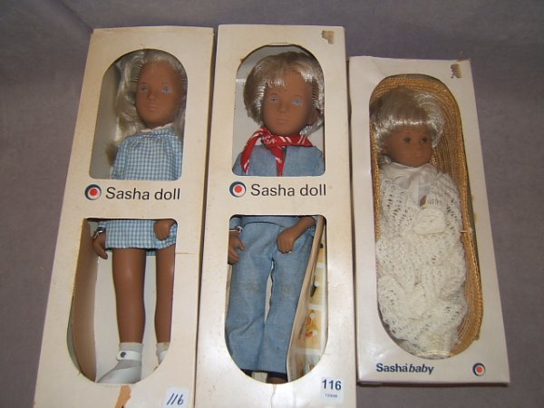 7116: 3 SASHA DOLLS IN BOXES -BOY AND GIRL AND BABY