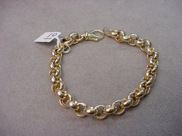 8019: 1 7 INCH 14K GOLD CURB LINK BRACELET --HOLLOW