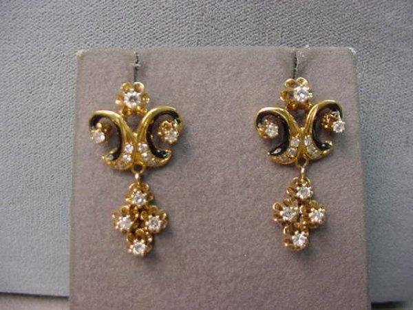 8124: 14K GOLD ENAMEL DECORATED DIAMOND EARRINGS