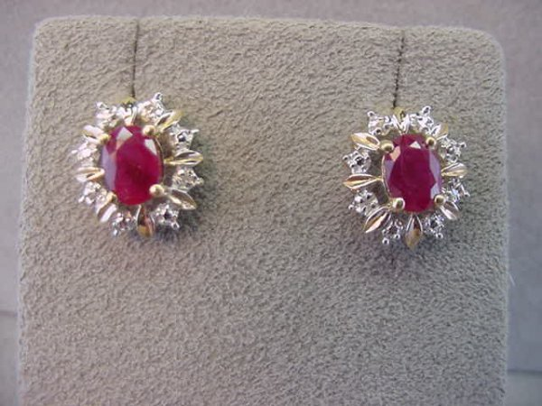 1008: 14K GOLD RUBY AND DIAMOND EARRINGS
