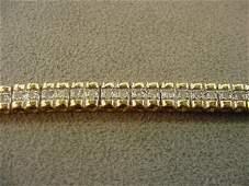 1122: 10K GOL DIAMOND TENNIS BRACELET
