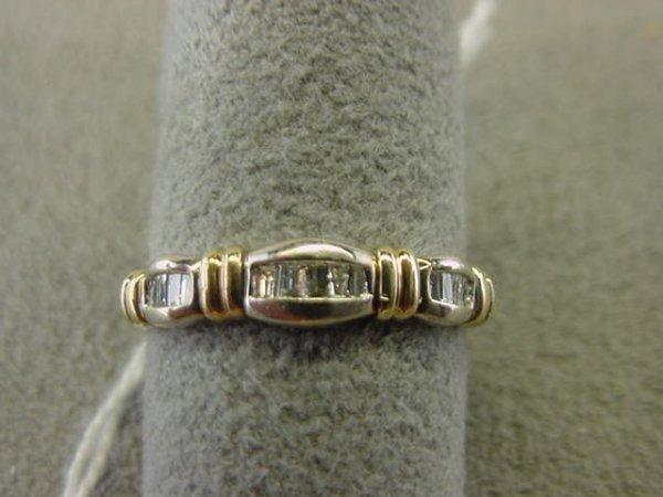 2074: 10K GOLD BAGUETTE DIAMOND RING